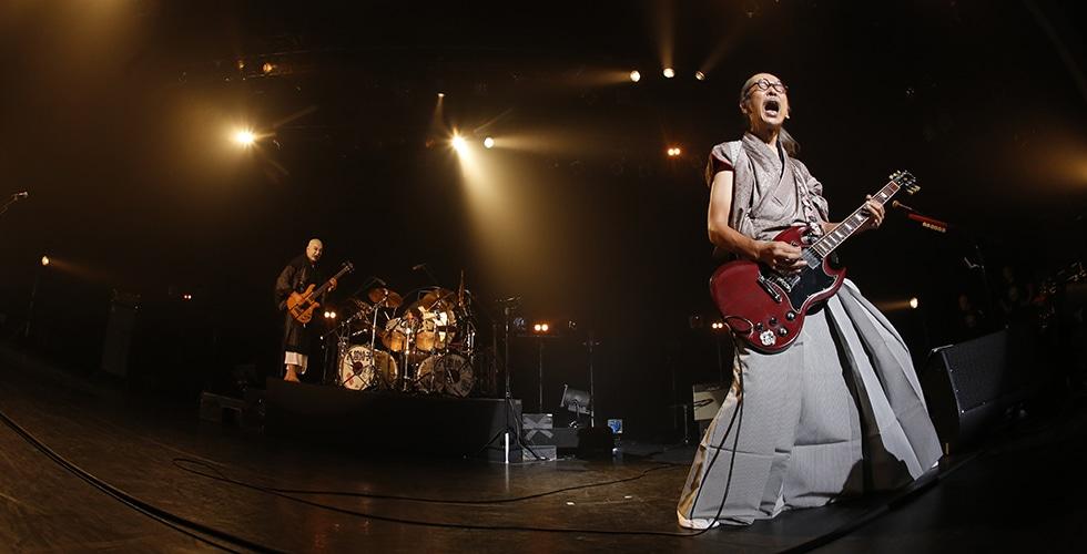 異端のハードロックバンド「人間椅子」デビュー30周年記念ライブレポート