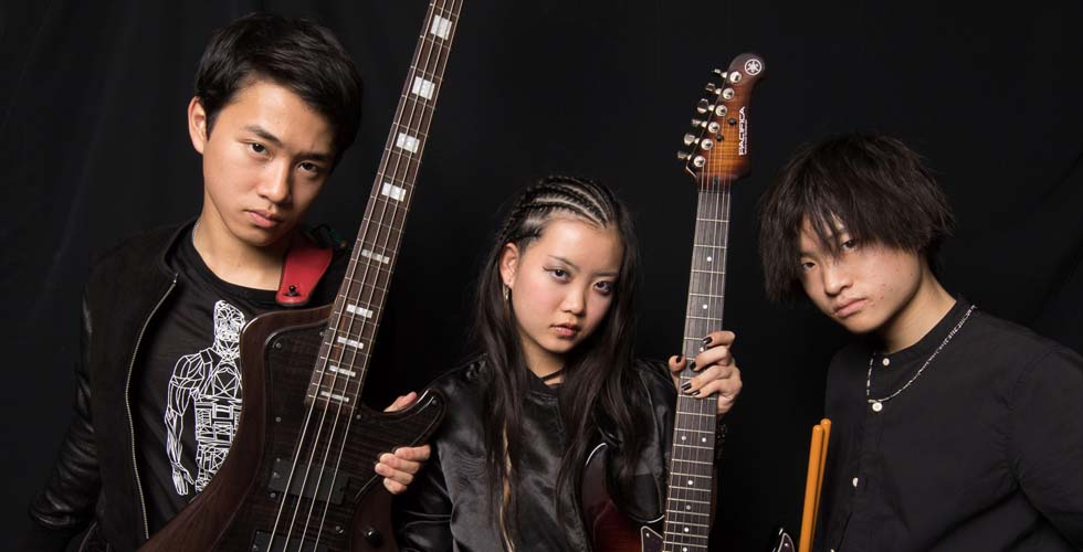 超絶テクの10代メタルバンド ASTERISMが語る 魂を燃やす音楽へと導かれたルーツ