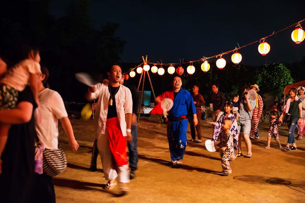 本年度の方城山神盆踊り大会で披露された口説きのワンシーン