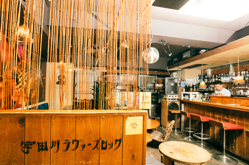 宇田川カフェ別館、店内の様子(1)