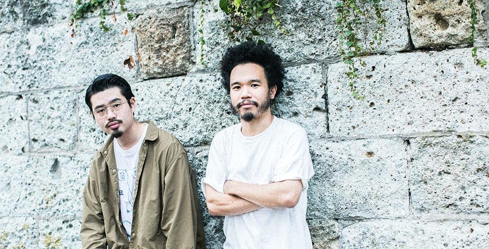 日本の音楽シーンを牽引するmabanua(Ovall)とハマ・オカモト(OKAMOTO'S)が語る「リズム隊」の魅力