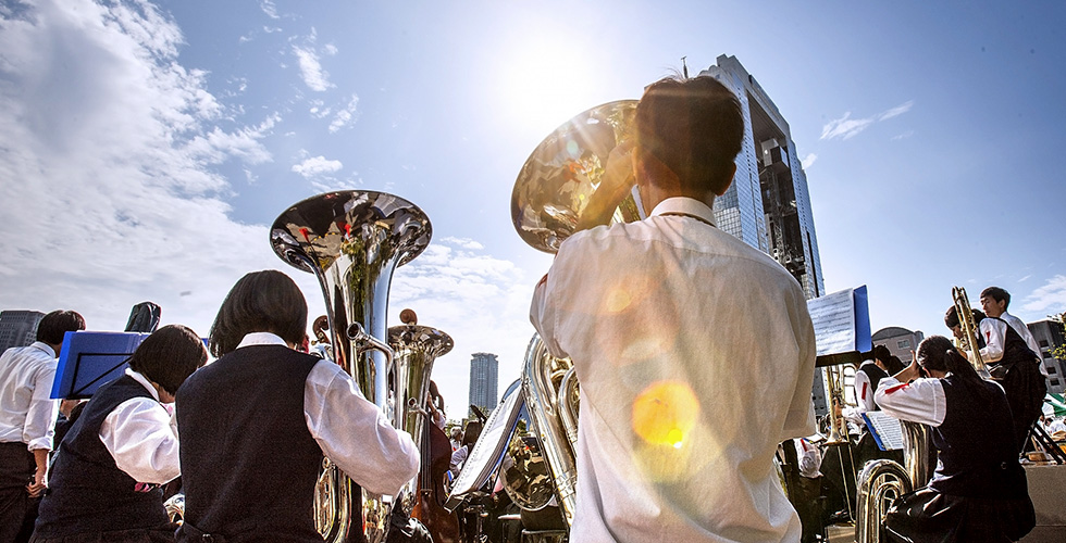 【吹部必読!】吹奏楽作家・オザワ部長が選ぶ!原曲とセットで聴きたい人気吹奏楽曲6選